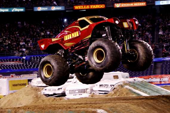 0614F IronMancar40p Marvel Monster Trucks at Advance Auto Parts Monster Jam